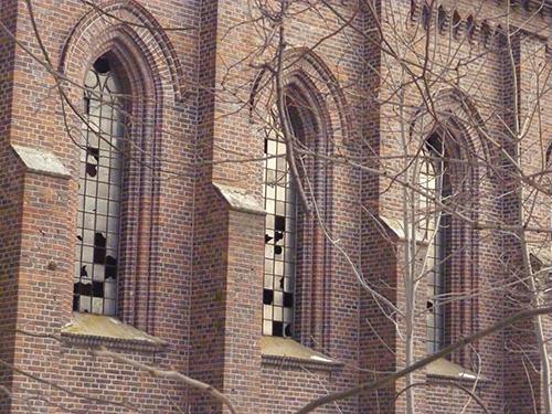 Eglise abandonnée de Stawiszyn